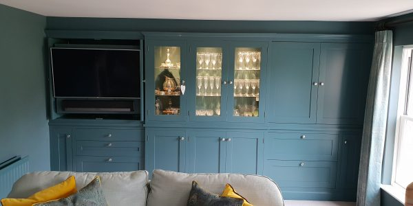 Built in Entertainment Drinks Cabinet